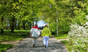 Ėjimas – vaistas skaudantiems sąnariams ir apsauga nuo kitų ligų