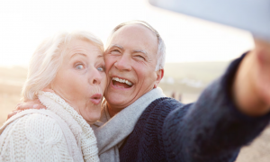 Senjorai į keliones vyksta vis dažniau