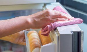 Kaip palaikyti tvarką šaldytuve?