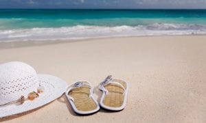 3 atostogaujančių šiltuose kraštuose bėdos
