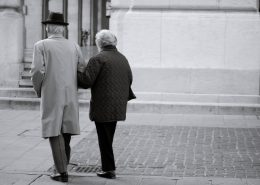 senatvė