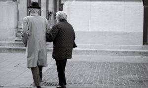 Laisvieji radikalai greitina senėjimą