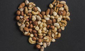 Riešutai – neišsenkantis sveikatos šaltinis
