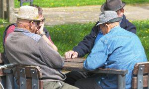 Kai kuriems senjorams nebelieka priemokų