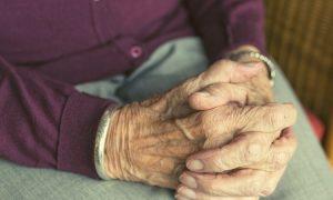 Prieš šventes senjorų vienišumo jausmas būna pats stipriausias