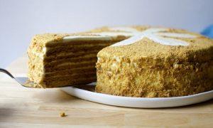 Klasikinis Medaus pyragas