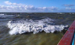 Kaip saugiai elgtis vandenyje ir prie jo?